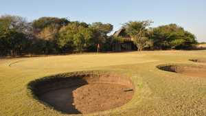 Amorello Bush Golf Lodge