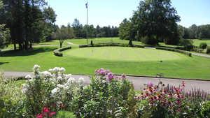 Elm Ridge CC: Practice facilities