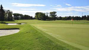 Derrick Golf and Winter Club