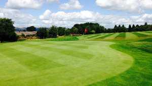 Marsden Park GC: 1st green