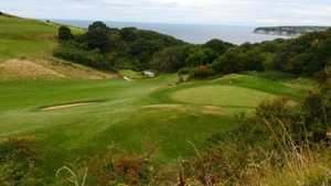 Axe Cliff GC: 7th green