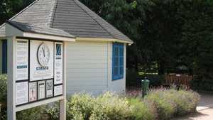 Bromsgrove GC: starters hut
