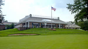 North Hills CC: Clubhouse