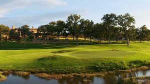 Escondido Golf & Lake Club: #18