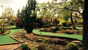 Pioneer Family GC: Miniature golf