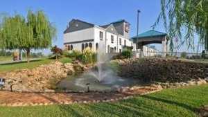 Myrick Hills CC: Clubhouse