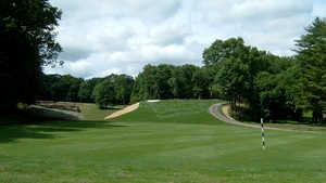 6th green at Saxon Woods