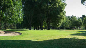 Saint Cloud GC - Yellow: #7