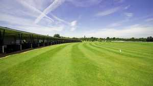 Sandown Park Golf Centre: Driving range