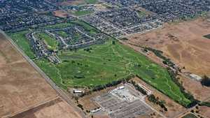 Adobe Creek GC: Aerial view