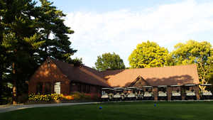 Waveland GC: Clubhouse