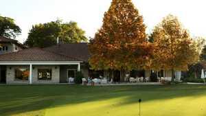 Olivos GC: Practice area & clubhouse
