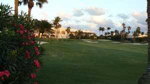 Palm Beach CC: Clubhouse