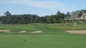 Baxter Creek GC: Clubhouse