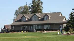 Woodstock Meadows GC: Clubhouse