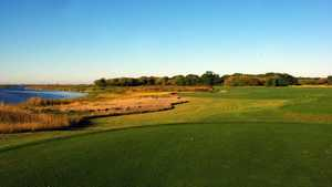 Oak Island Golf Resort