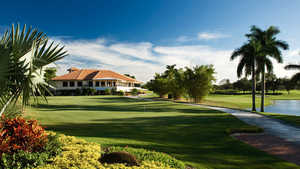 Fort Lauderdale CC: clubhouse