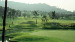 Palm Lakes Golf Resort