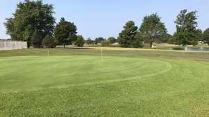 Providence Municipal Golf & Recreation Center: Practice area