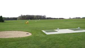 Eastwin Valley GC: Driving range