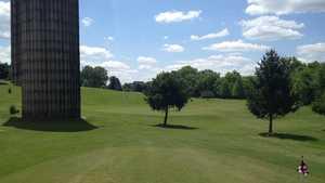 Beverly Park Par-3 GCL Practice area