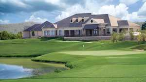 WinStar GC: Clubhouse