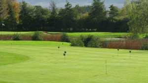 Ree Golf: Practice area