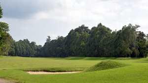 Padang Golf Adisutjipto