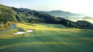 Club Mow Golf & Lifestyle - Oasis: #8