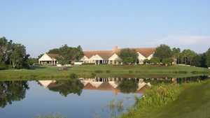 Hunter's Green CC: Clubhouse