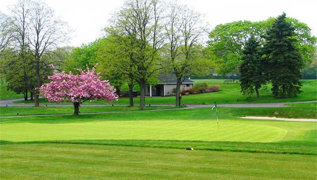 Cherry valley club in garden city new york usa golf - Cherry valley country club garden city ...