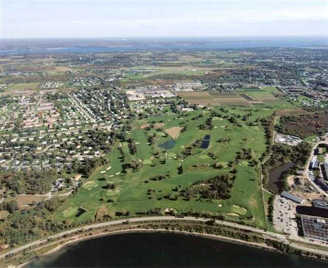 Best Country Clubs In Rhode Island