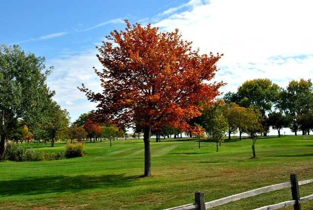 lake st clair metropark golf course in mount clemens michigan usa golf advisor. Black Bedroom Furniture Sets. Home Design Ideas