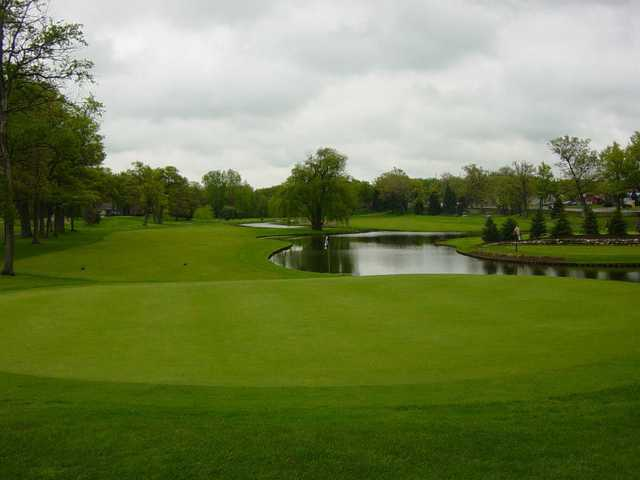 Bay Pointe Golf Club In West Bloomfield Michigan Usa
