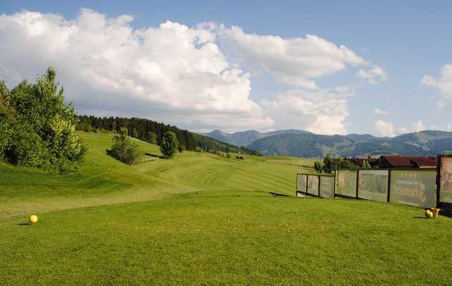 Oberstaufen golf club 18 hole course in oberstaufen for Oberstaufen golf