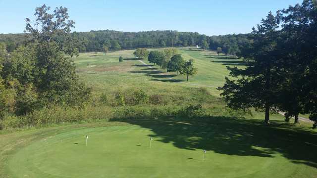 pomme de terre 39 s shadow lake golf course in wheatland. Black Bedroom Furniture Sets. Home Design Ideas