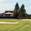 A view of a green protected by bunkers at Club de Golf Mont Ste Marie