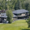A view of the clubhouse at Benasque Club (Golfboo)