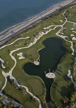 Yes, that's the Atlantic Ocean in the top-left portion of the photo. (Palm Beach Par 3 Golf Course)