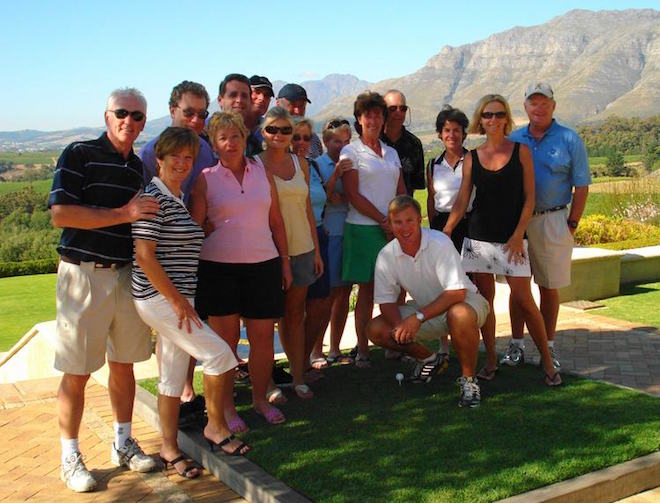 Andrew (crouching) with a South Africa tour group.