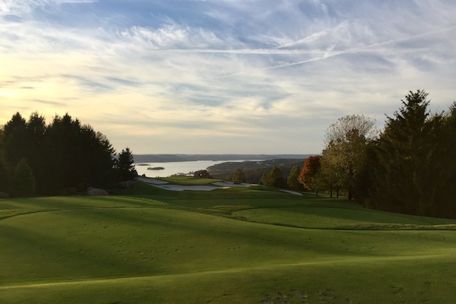 It's easy to be distracted by Table Rock Lake in the background as you tee up your final tee shot at Top Of The Rock.