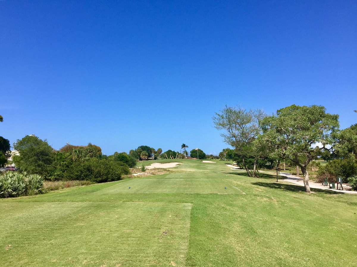 West Palm Beach Golf Club is inexpensive, nicely-kept and a lot of fun.