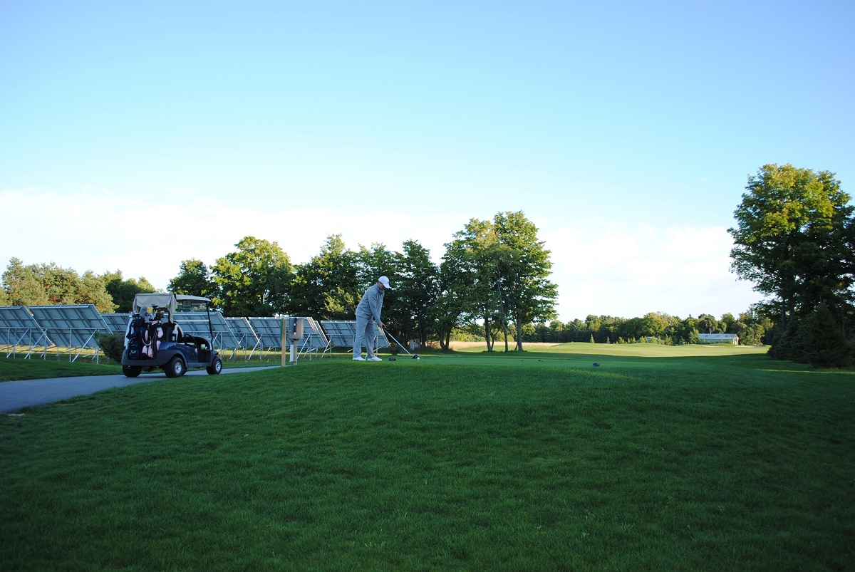 Tee off beside solar panels? It's the norm at Northport Creek. (Northport Creek Golf Club)