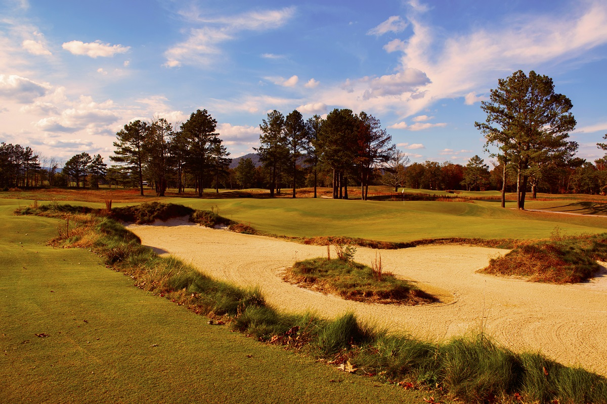 Sweetens Cove offers more golfing intrigue in nine holes than most other courses do in 18. (Sweetens Cove Golf Club)