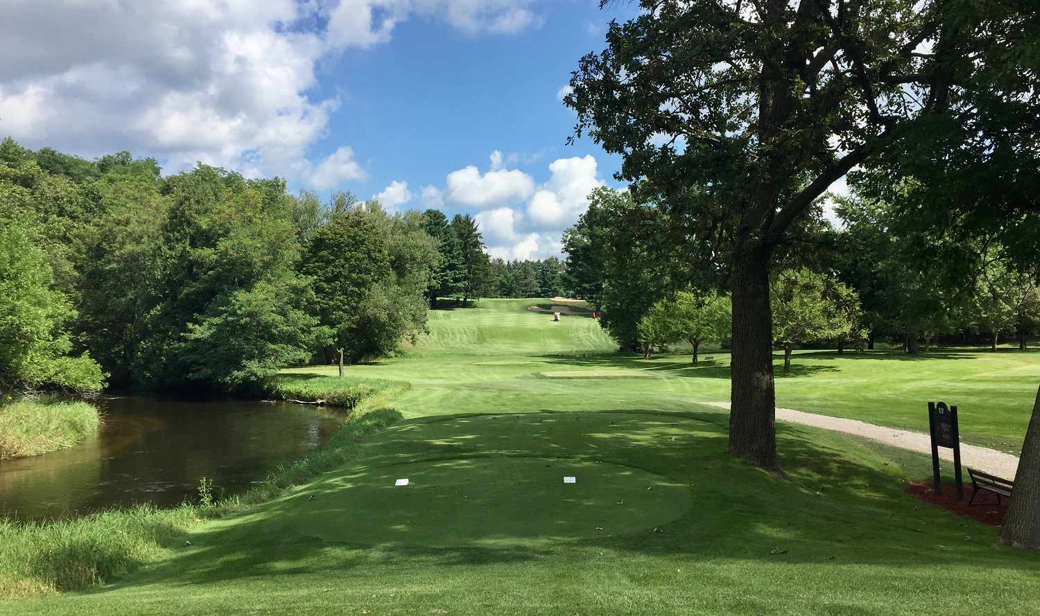 Waupaca Country Club's finisher is a fun, through-the-chute short par four.