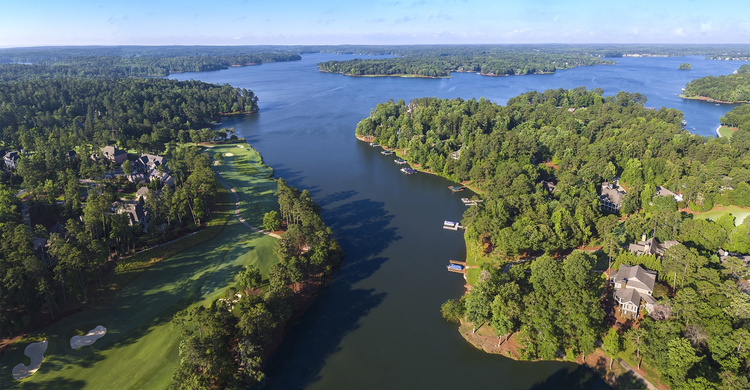Unsurprisingly, Reynolds Lake Oconee's most impressive homes are on its namesake body of water. (Reynolds Lake Oconee)