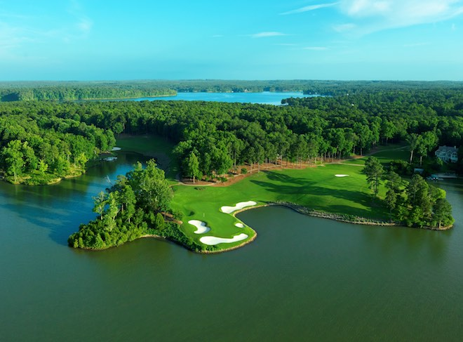 At Great Waters, Jack Nicklaus was given rare freedom to take full advantage of the shores of Lake Oconee. (Reynolds Lake Oconee)