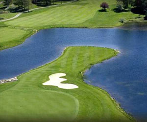 Stay All Day & Play at Metamora Country Club!