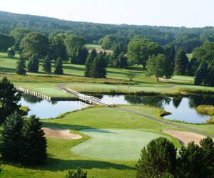 Stay & Play at Evergreen Resort & Golf Club