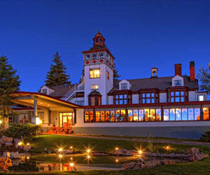 Stay and Play Golf with The Lodge Resort